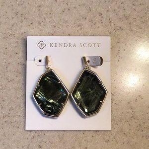 Kendra Scott Dunn Sage mica Earrings